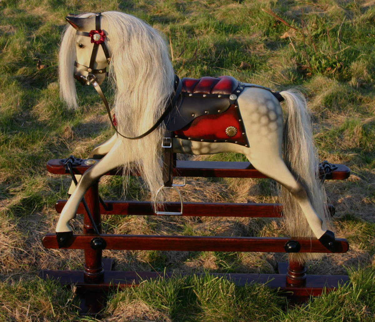 i-want-to-buy-an-antique-rocking-horse
