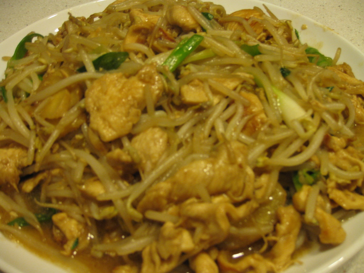 How to Cook Chicken with Bean Sprouts Stir-Fry