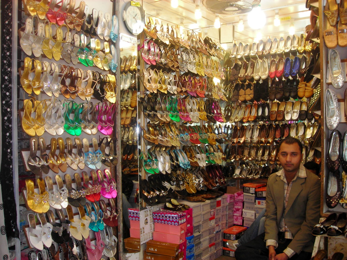 Shoe shop...now that's a real wonder!