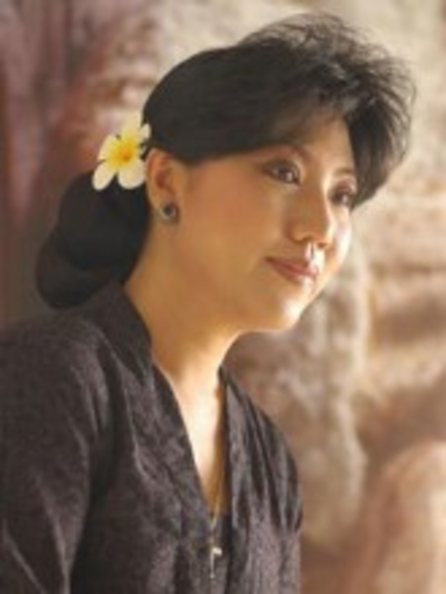 Anne Avantie Best Indonesian Female Kebaya Designer