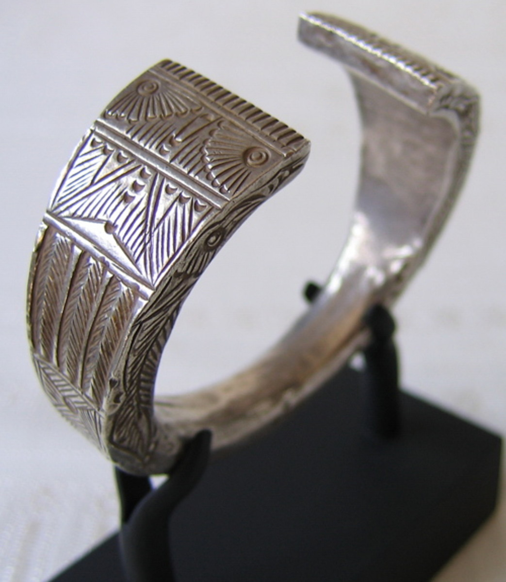 Antique Hmong Silver Bangle