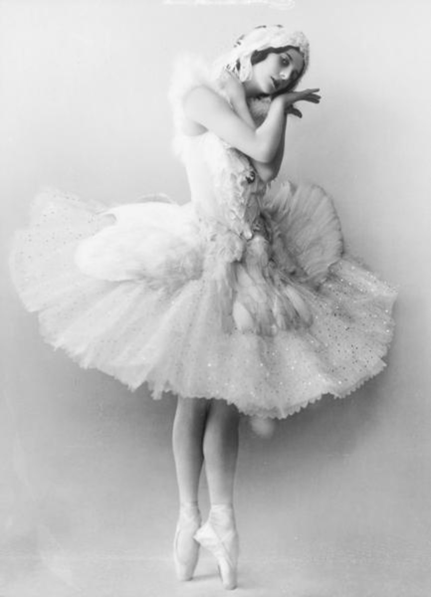 Anna Pavlova wore Anello & Davide - or did she?