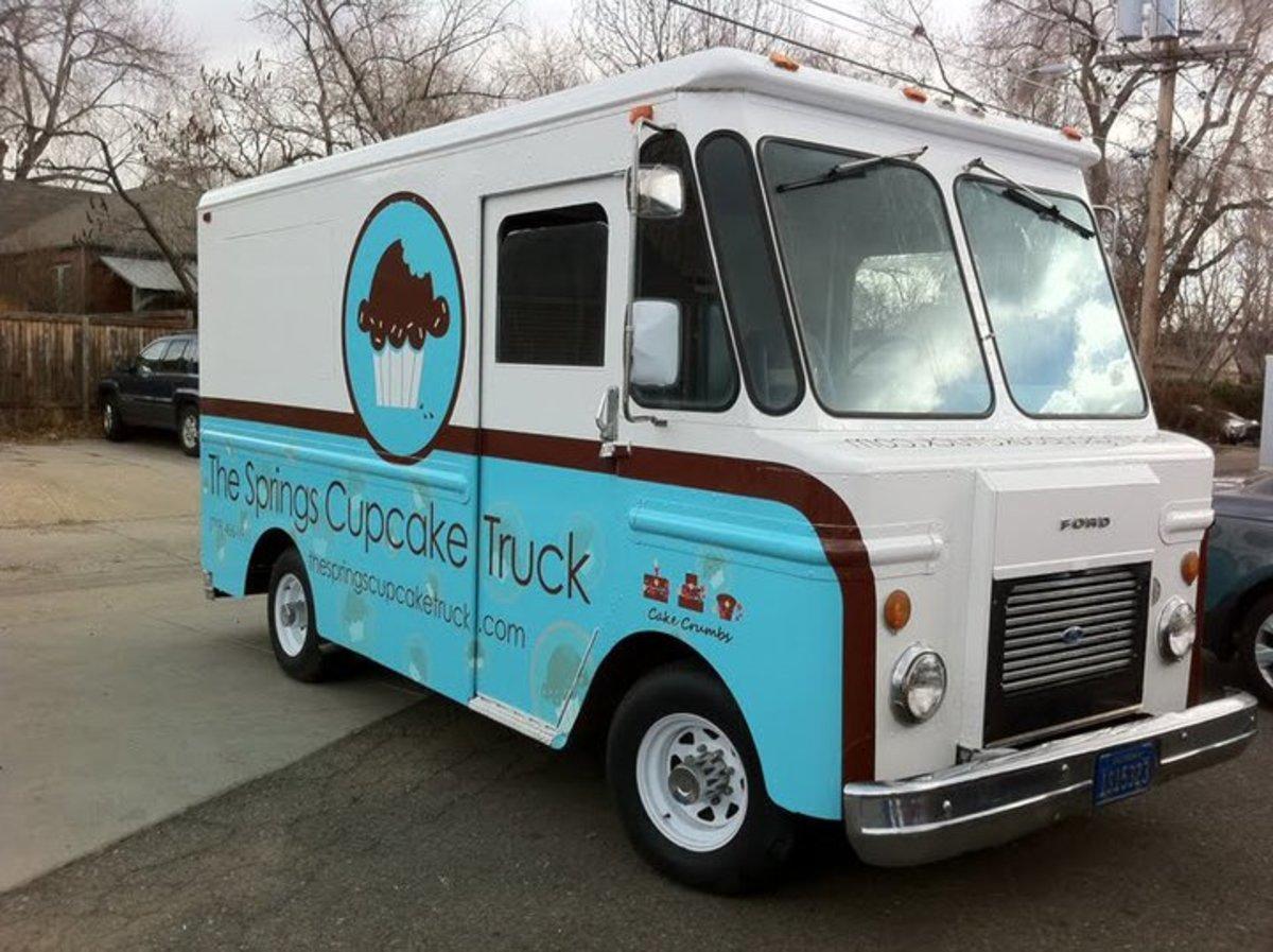 Larry S Bakery Food Truck