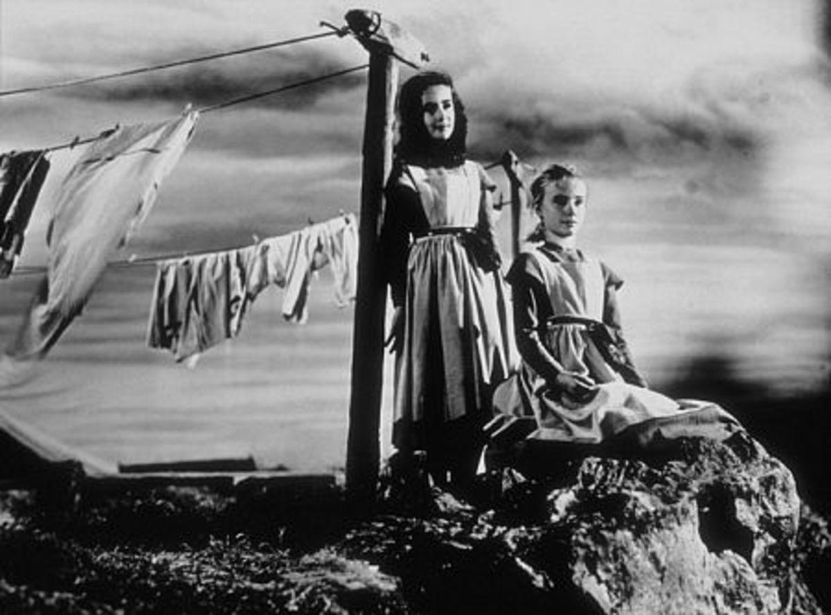 Helen and Jane (Elizabeth Taylor and Peggy Ann Garner)