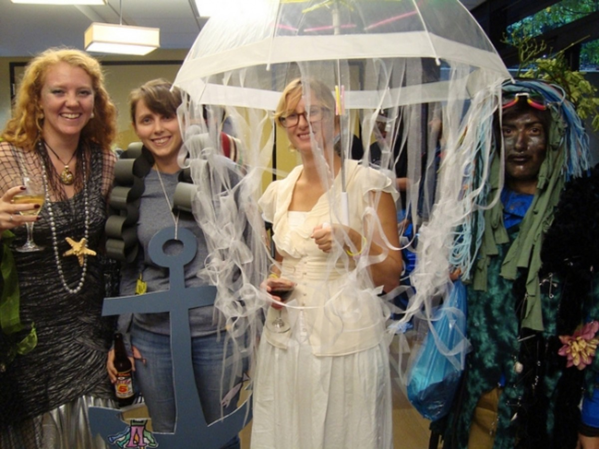 fancy-dress-costume-ideas-for-groups-stag-hen-party-night-do