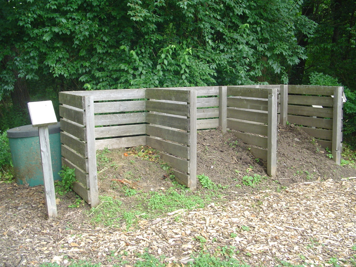 How to make a low cost compost bin for your garden
