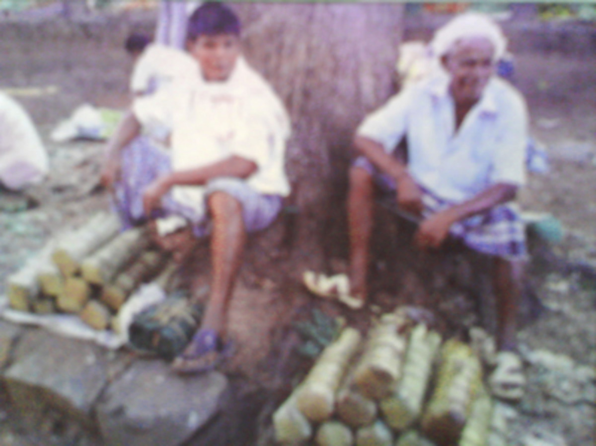 men selling the Olebella at Mangalore