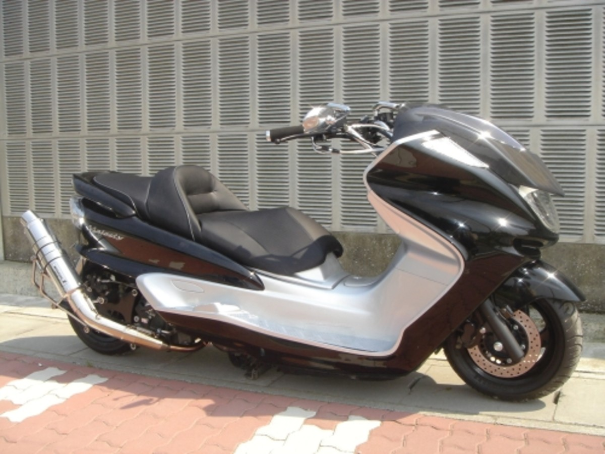 Modded Yamaha Grand Majesty