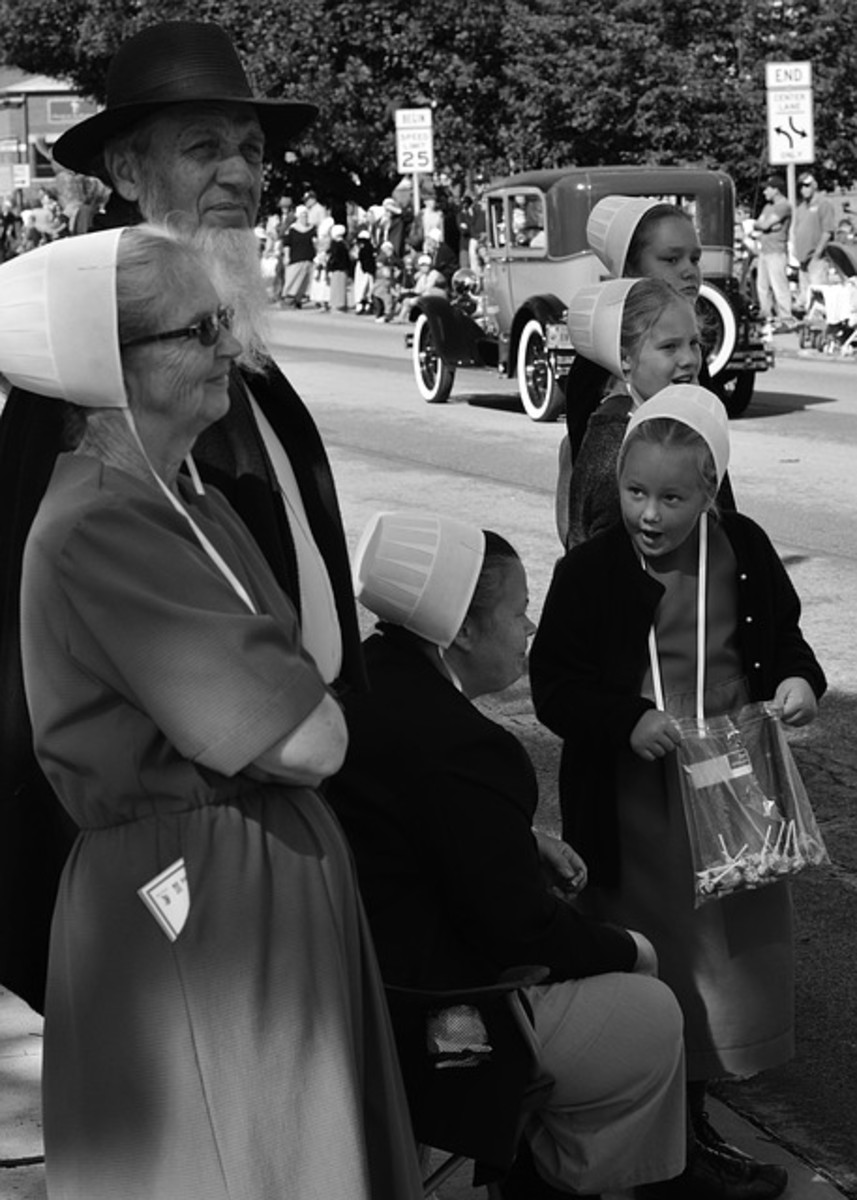 Amish women and girls