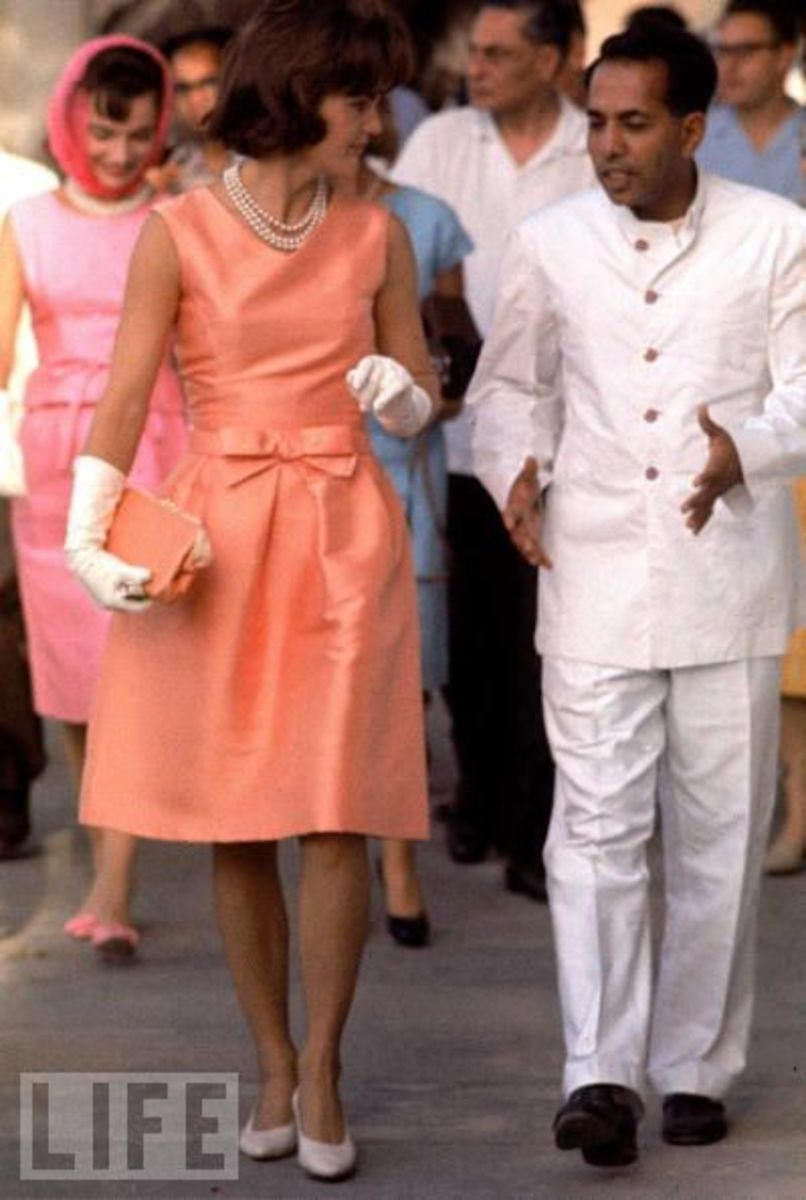 Jackie Kennedy wearing pearl necklace