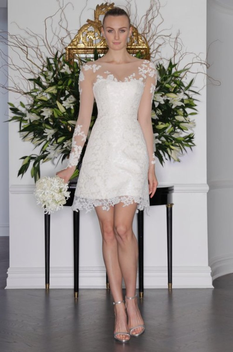 Flattering Wedding Dresses for Skinny Brides