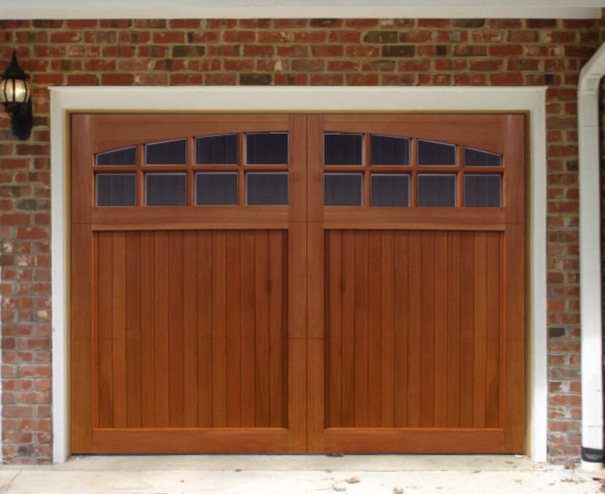 wood overhead garage doors by thedoorkings.com