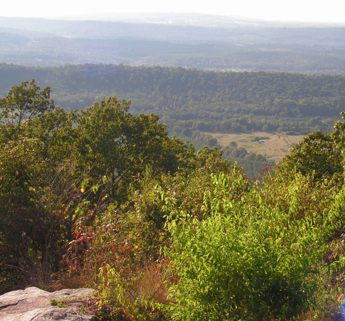 View high-atop Lookout Mountain in Mentone Alabama