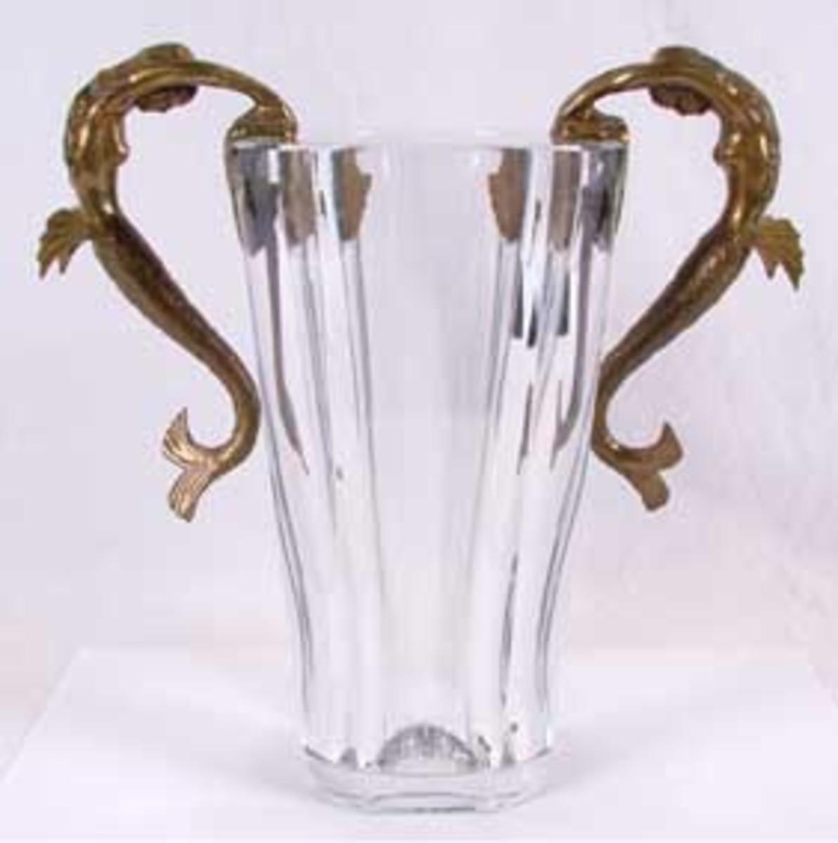 Erte Sea Maidens Mermaids Vase photo courtesy of antiquehelper.com