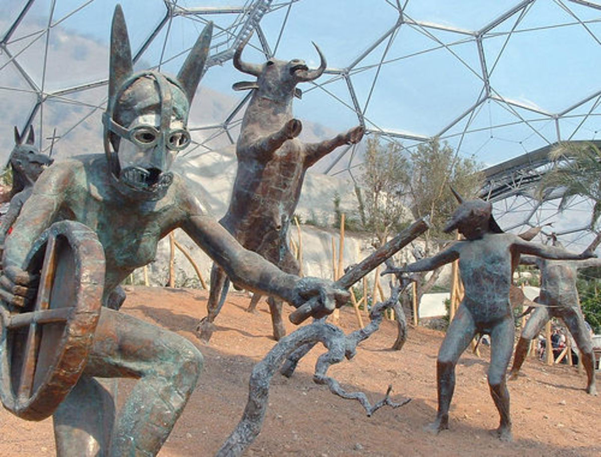 Eden Project, Cornwall: Sculptures in the Medieterranean Dome.
