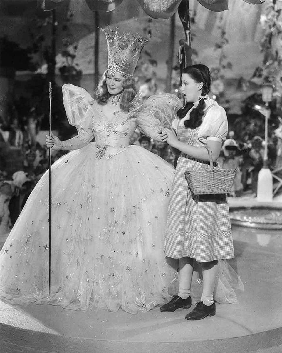 Billie Burke is best remembered for her role as Glinda in The Wizard of Oz.