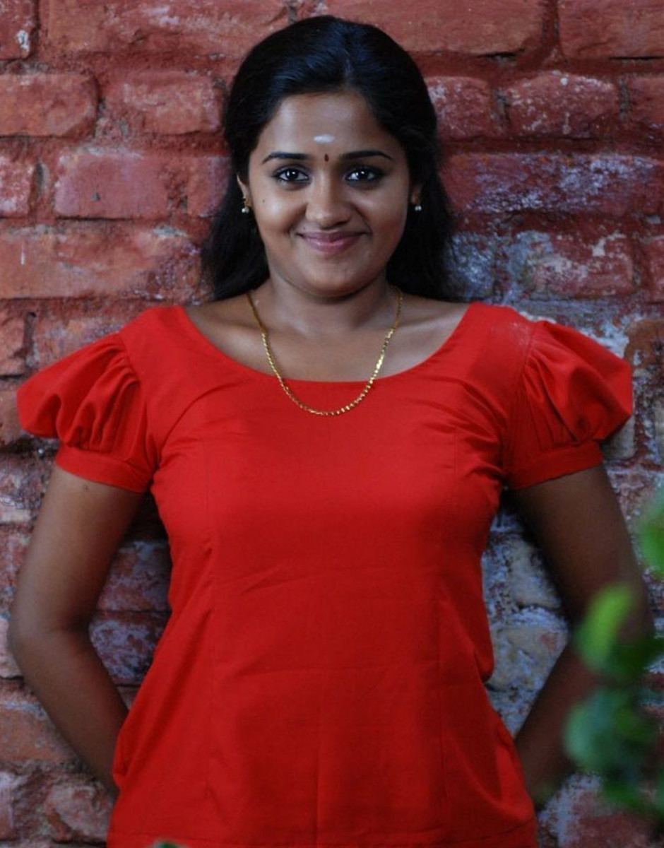 Photo Gallery of Malayalam Actress Ananya
