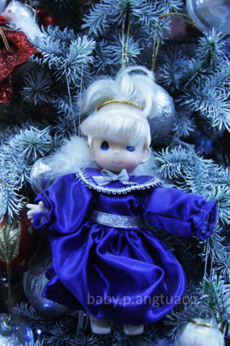 Blue inspired Christmas decor
