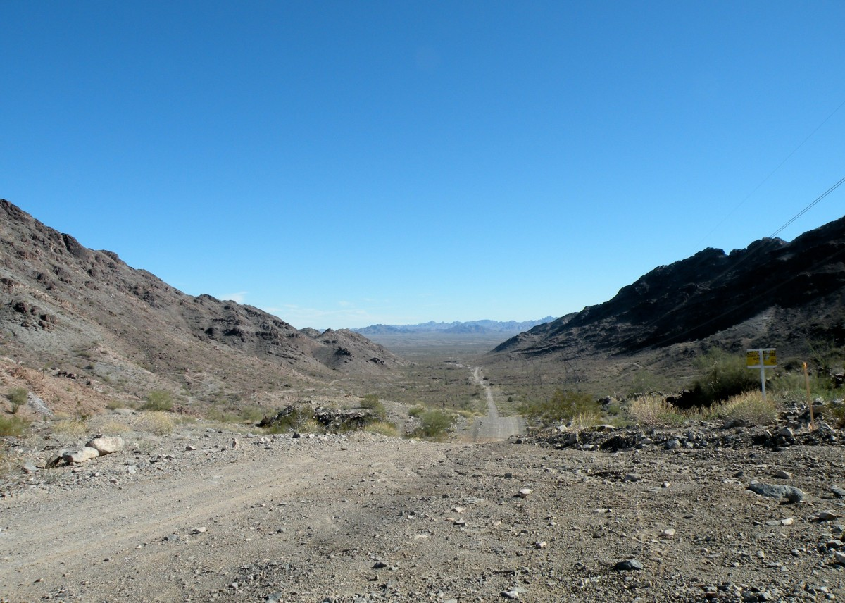 Views from Pipeline Road, Quartzsite, AZ