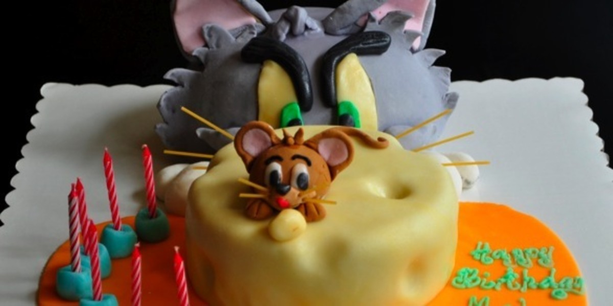 The maker mentions how she was completely amused when someone ordered a Tom and Jerry cake in this era of new cartoon characters. Proves that Tom and Jerry will always remain timeless!