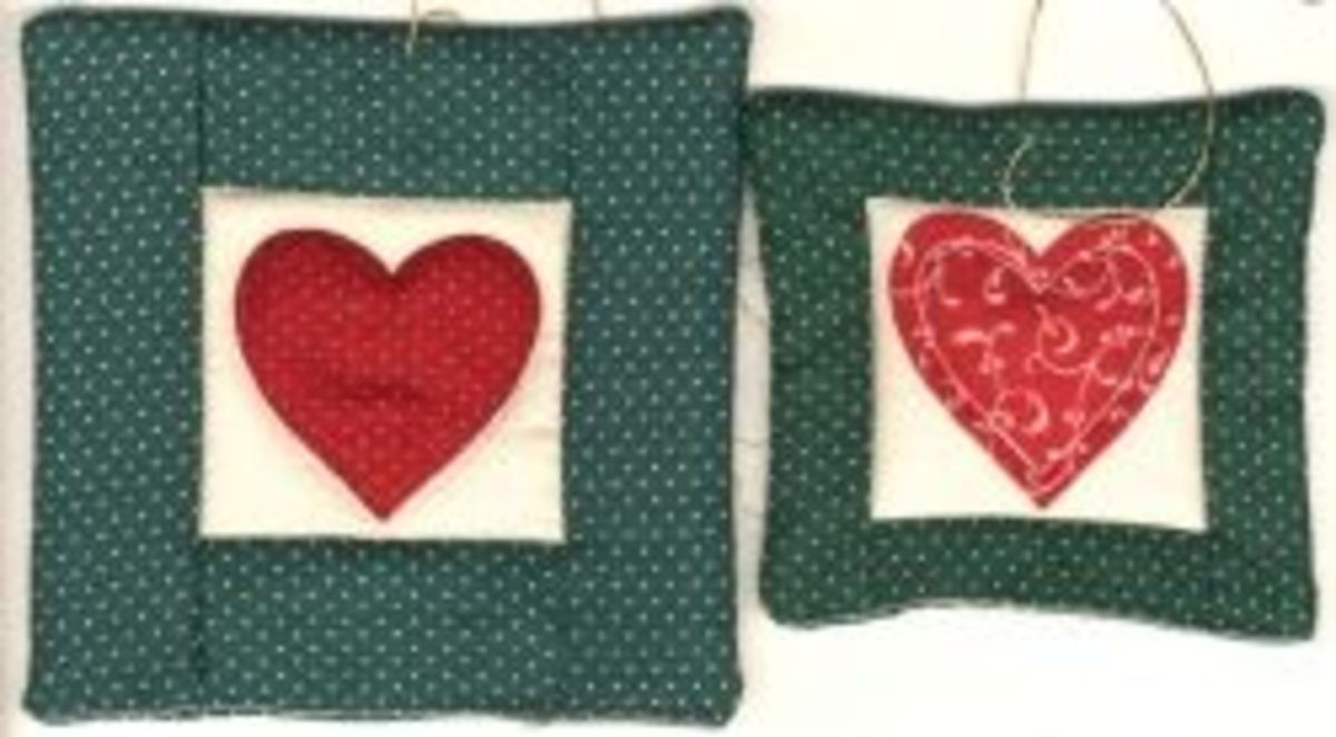 Quilted Heart Christmas Tree Ornaments