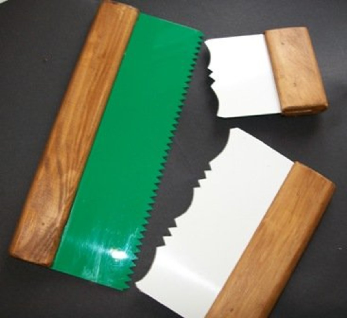 Set of 3 drywall texturing comb tools:- 1 standard 2 rose