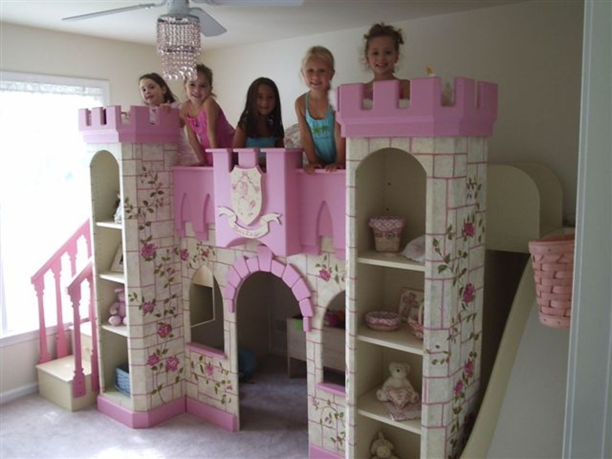 Princess Room: Girl's Princess Castle Beds