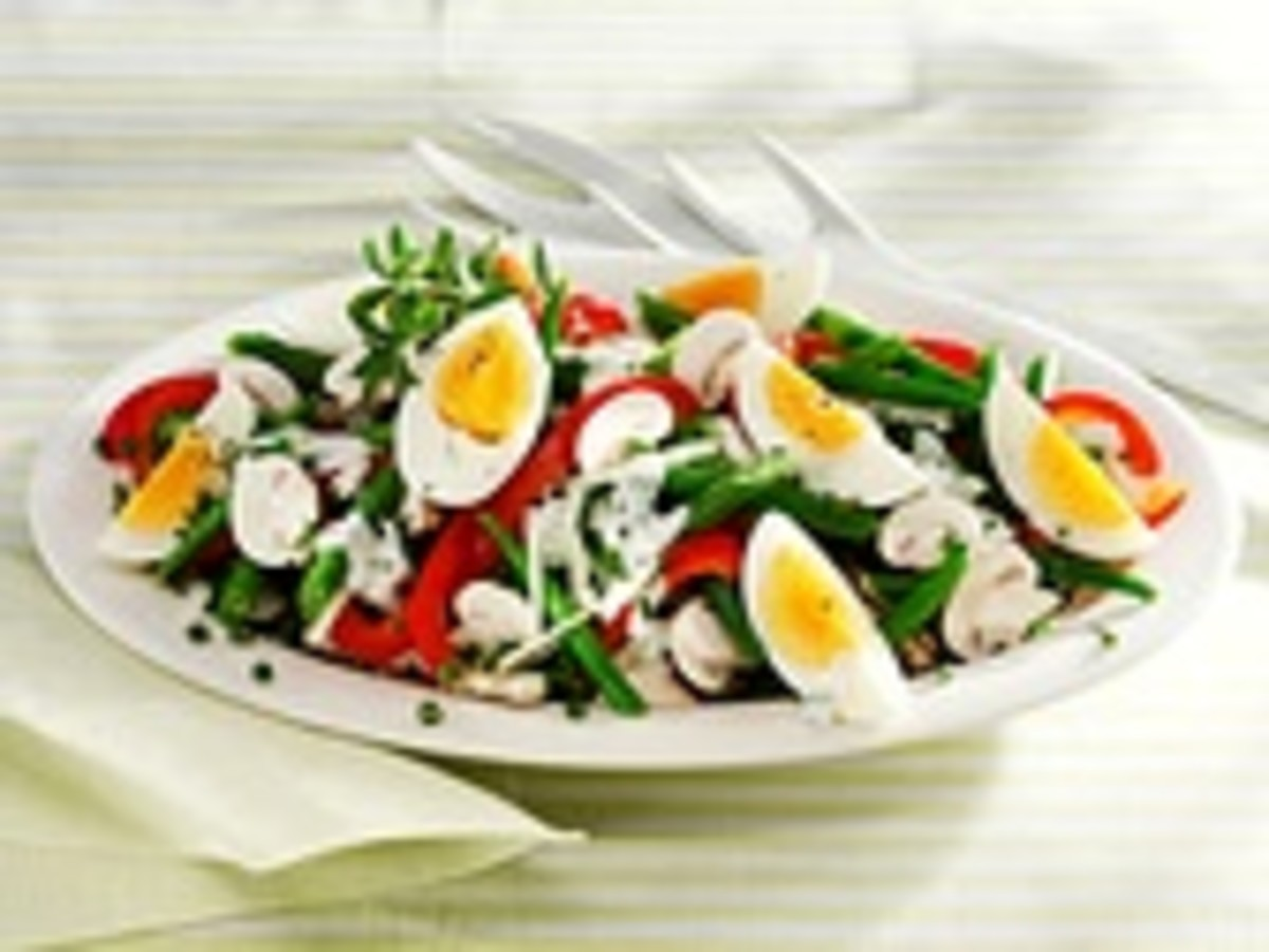 Bean, egg and mushroom salad