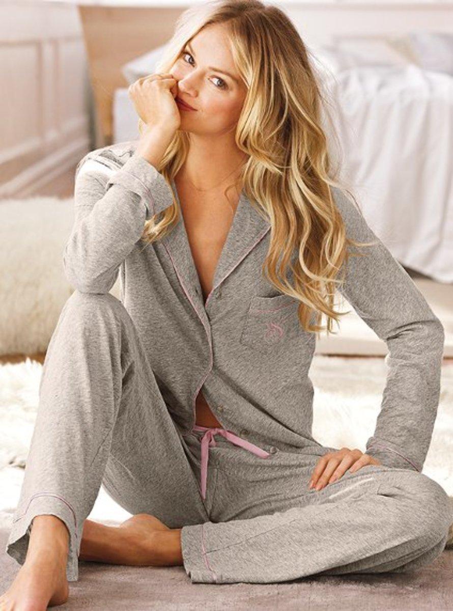 women's pajama sets (Image: www.victoriassecret.com)