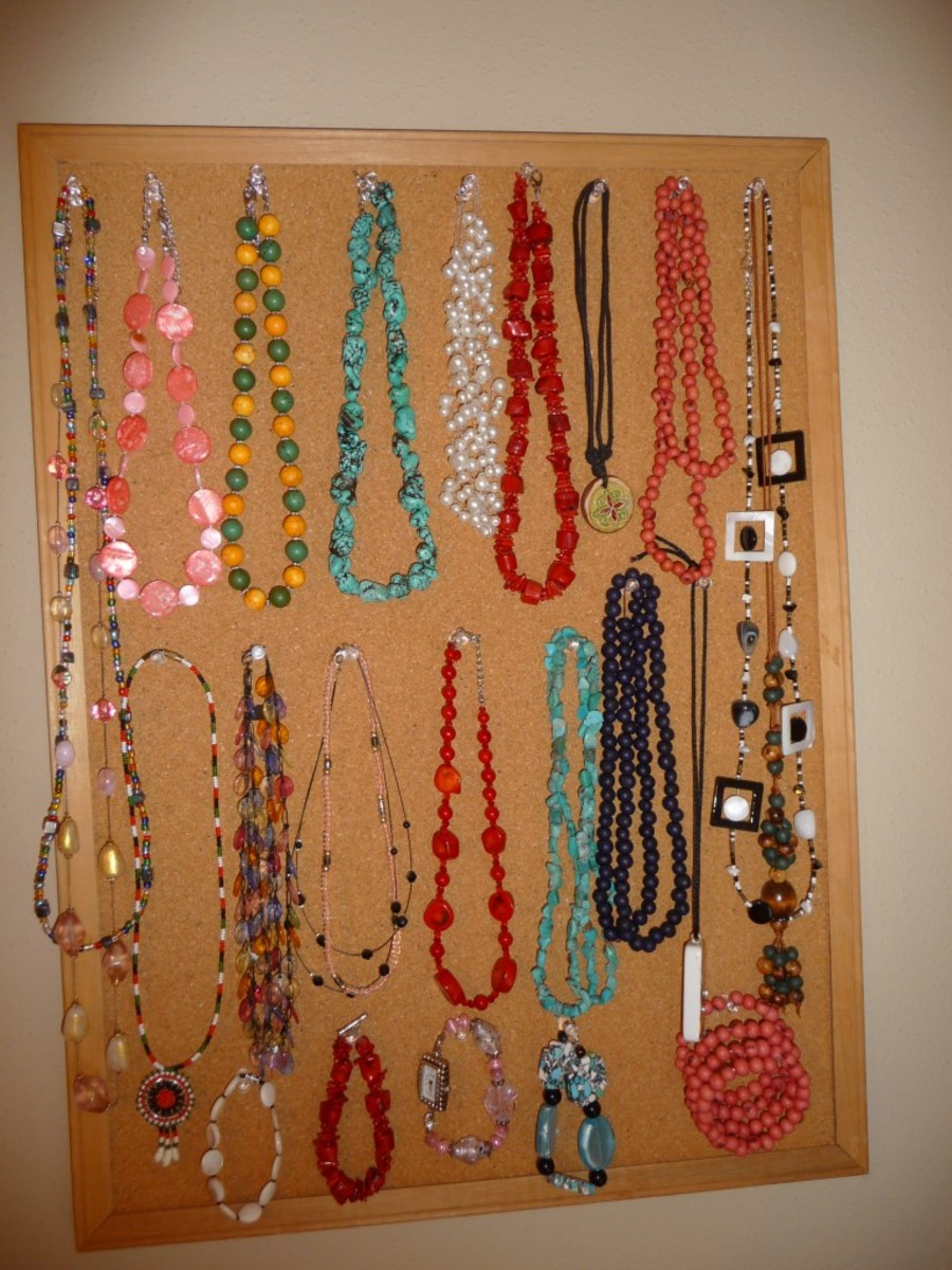 Idea#4: Hanging necklaces on a board with thumb pins