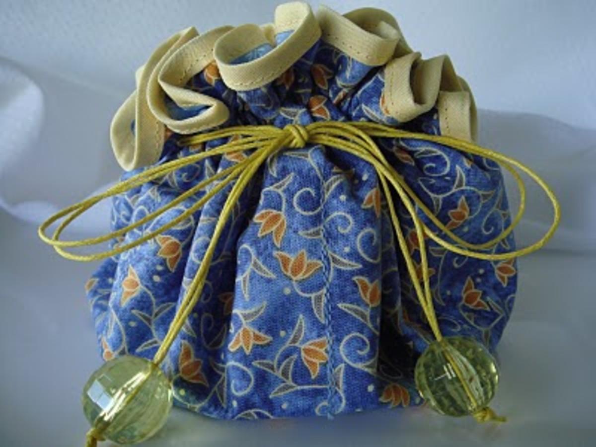 Idea#4: Storing earrings in a jewelry pouch