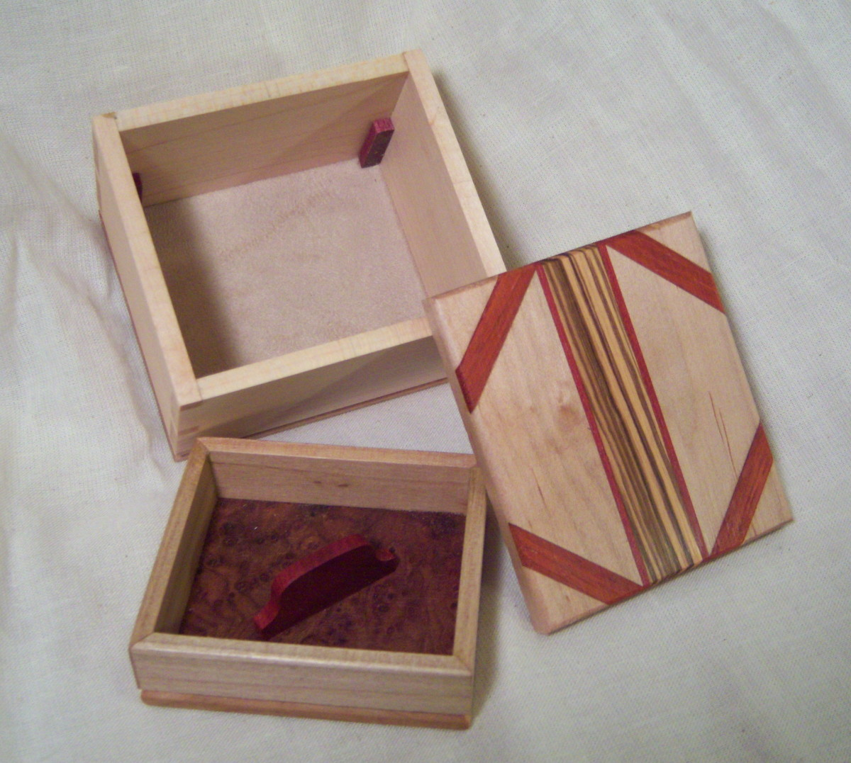 Idea#5: Storing earrings in small jewelry boxes