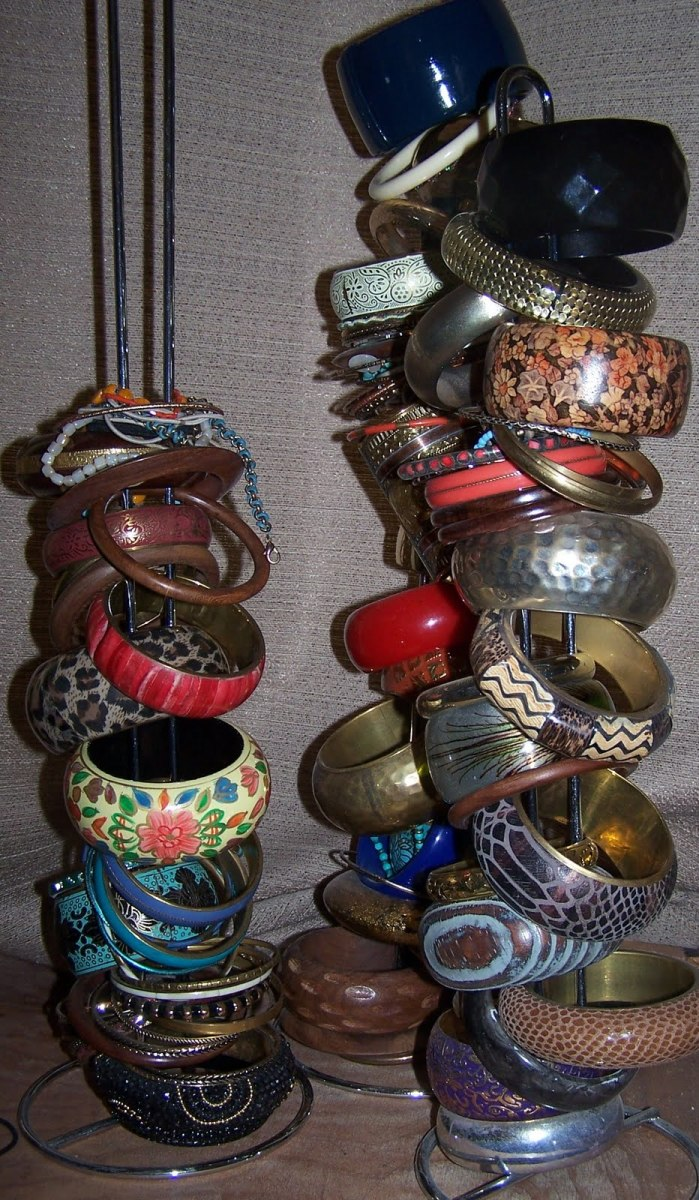 Idea#2: Stacking bangles on a pole