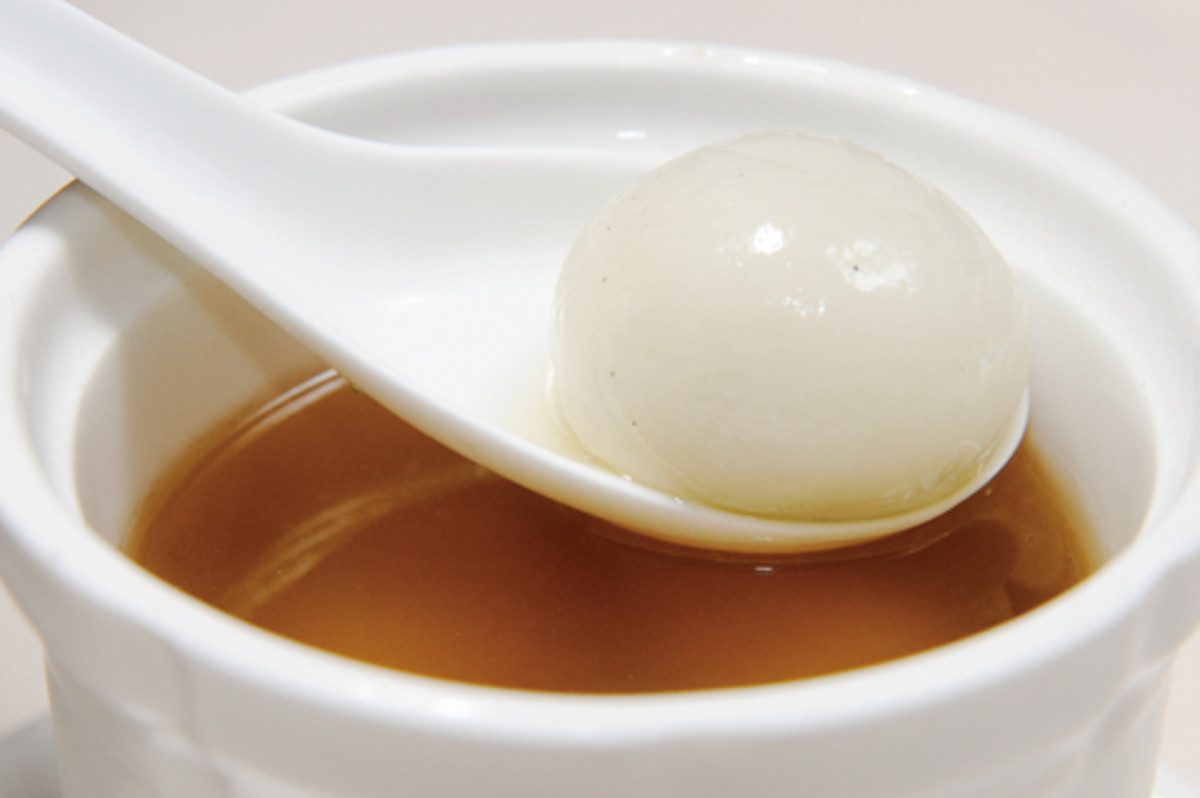 """Tong Yuen""; sweet dumpling made from glutinous rice flour. Image:  Zheng Bin
