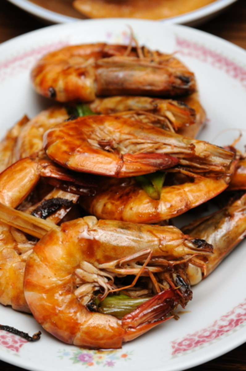 Prawns connote happiness. Image:  Norman Chan|Shutterstock.com