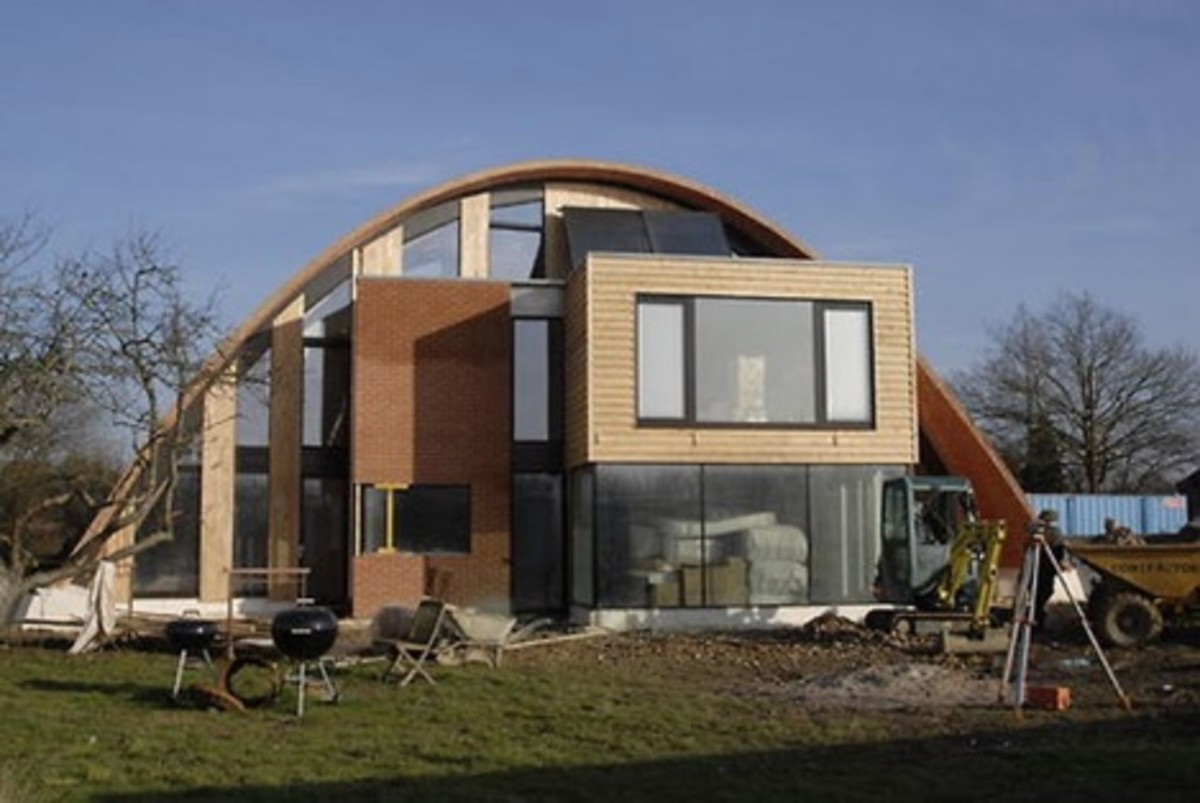 11 Residential Roof Shapes: Do You Know These Roofs?