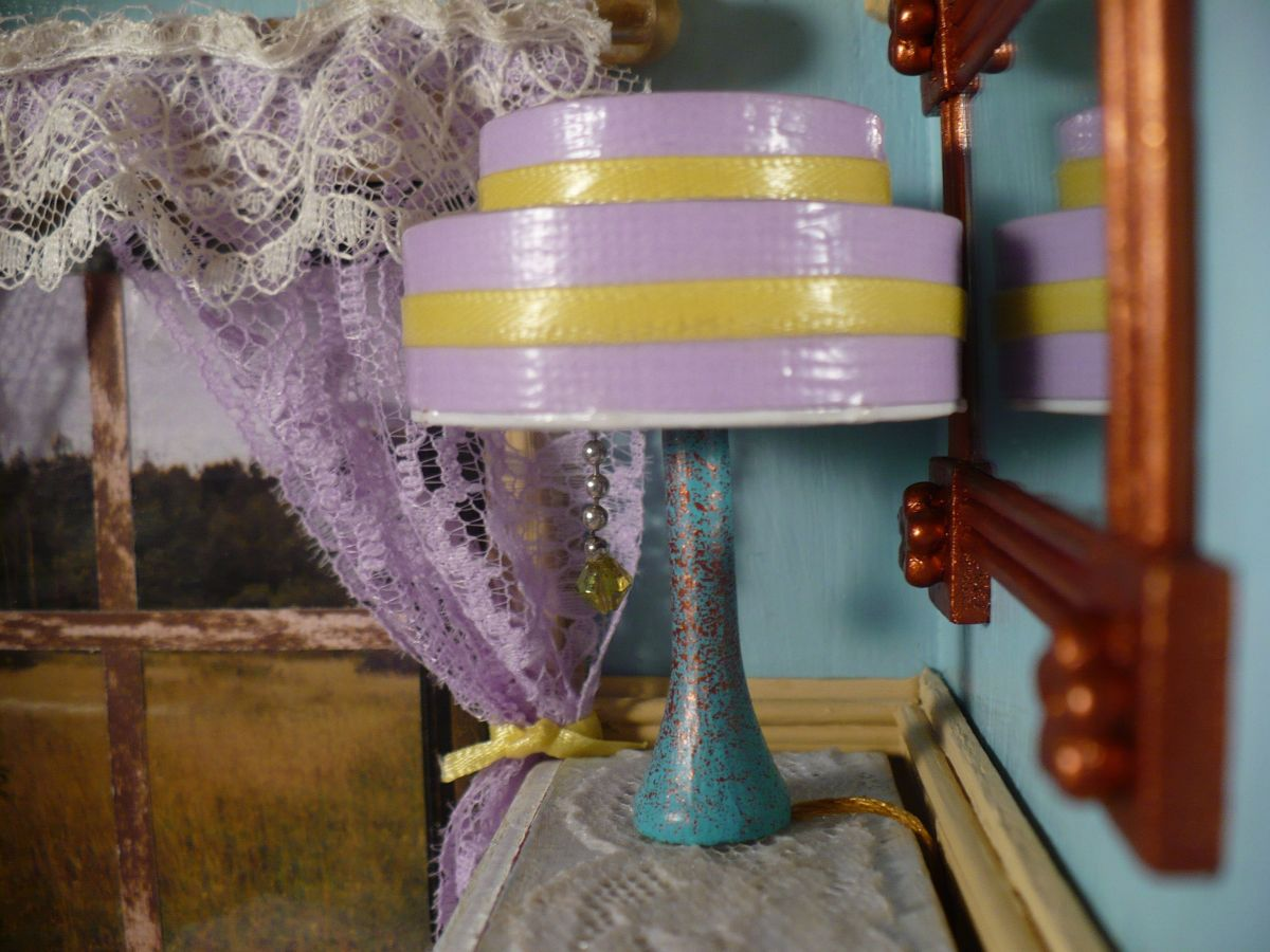 DIY Dollhouse Miniatures:  Art Deco Lamp