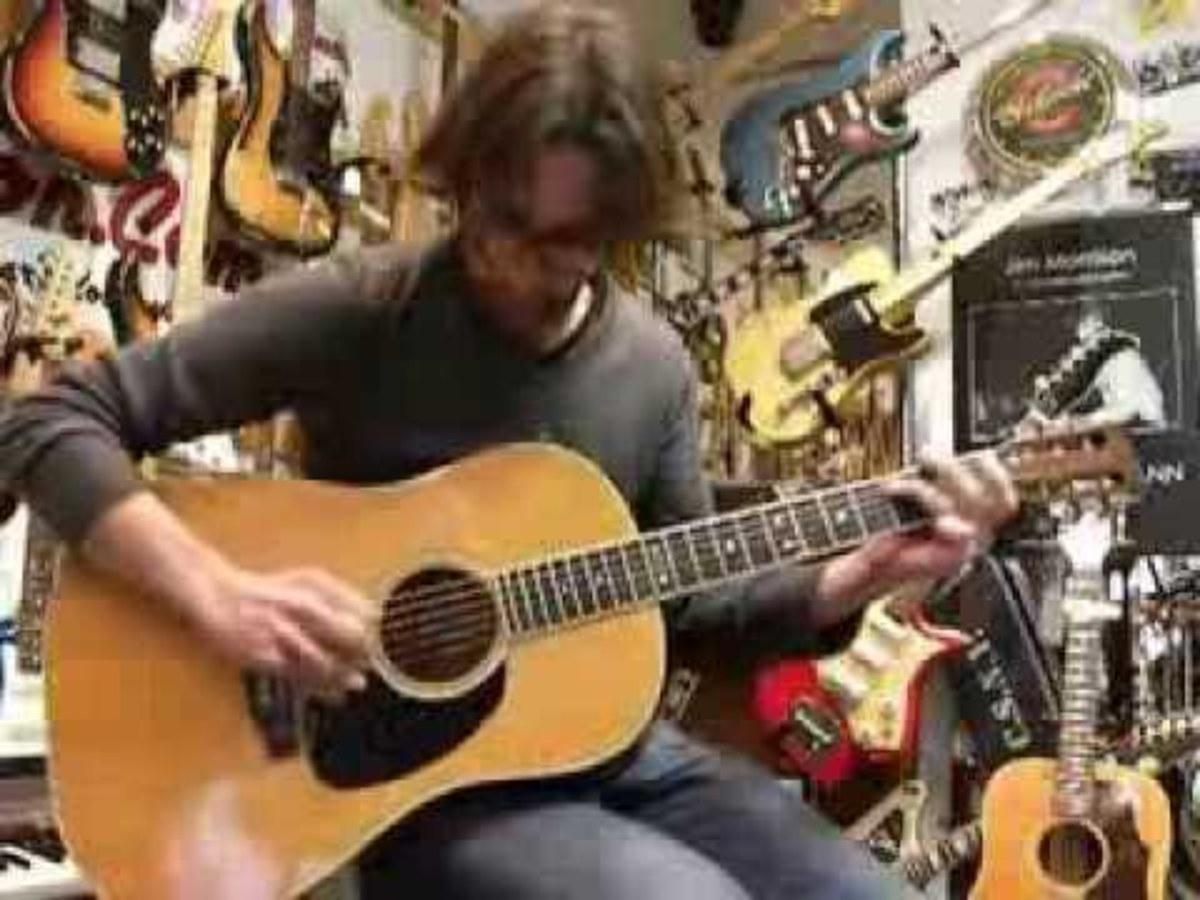 the-martin-d-35s-acoustic-guitar