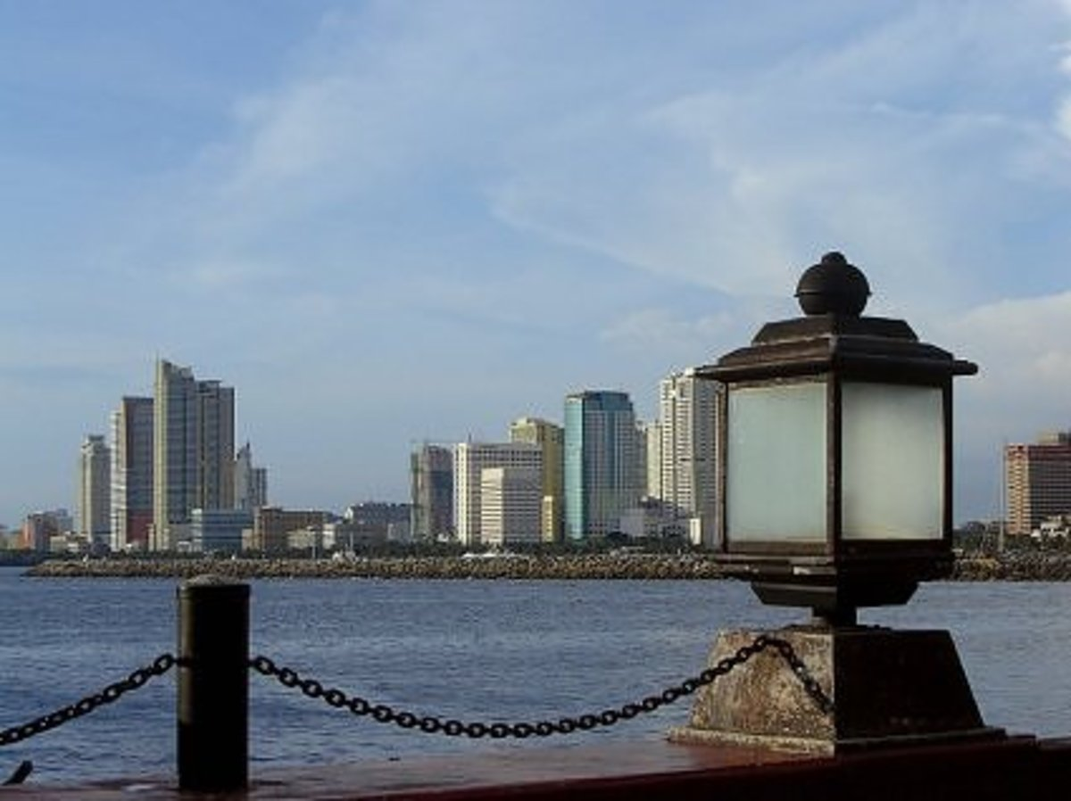 Part of Manila Bay, photographed by maryan54 of webshots.com