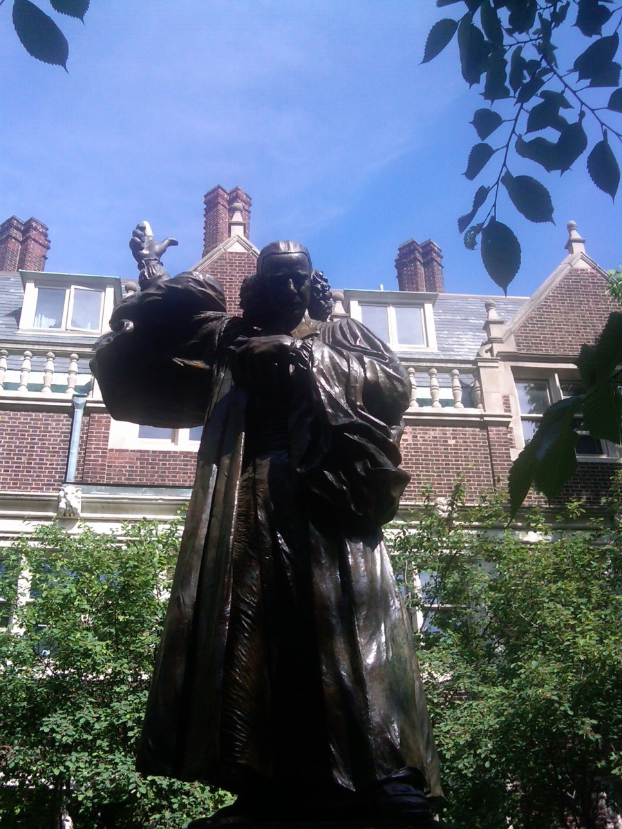 STATUE OF GEORGE WHITEFIELD