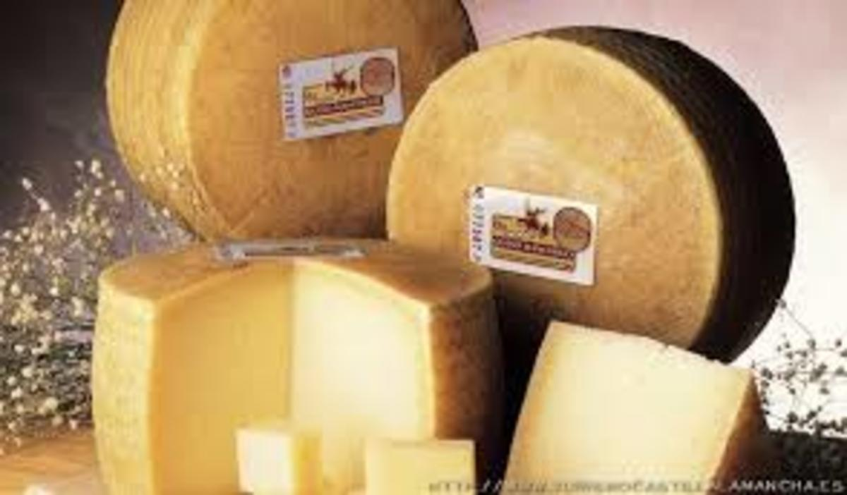 Official Manchego Cheese depicting Don Quixote artwork