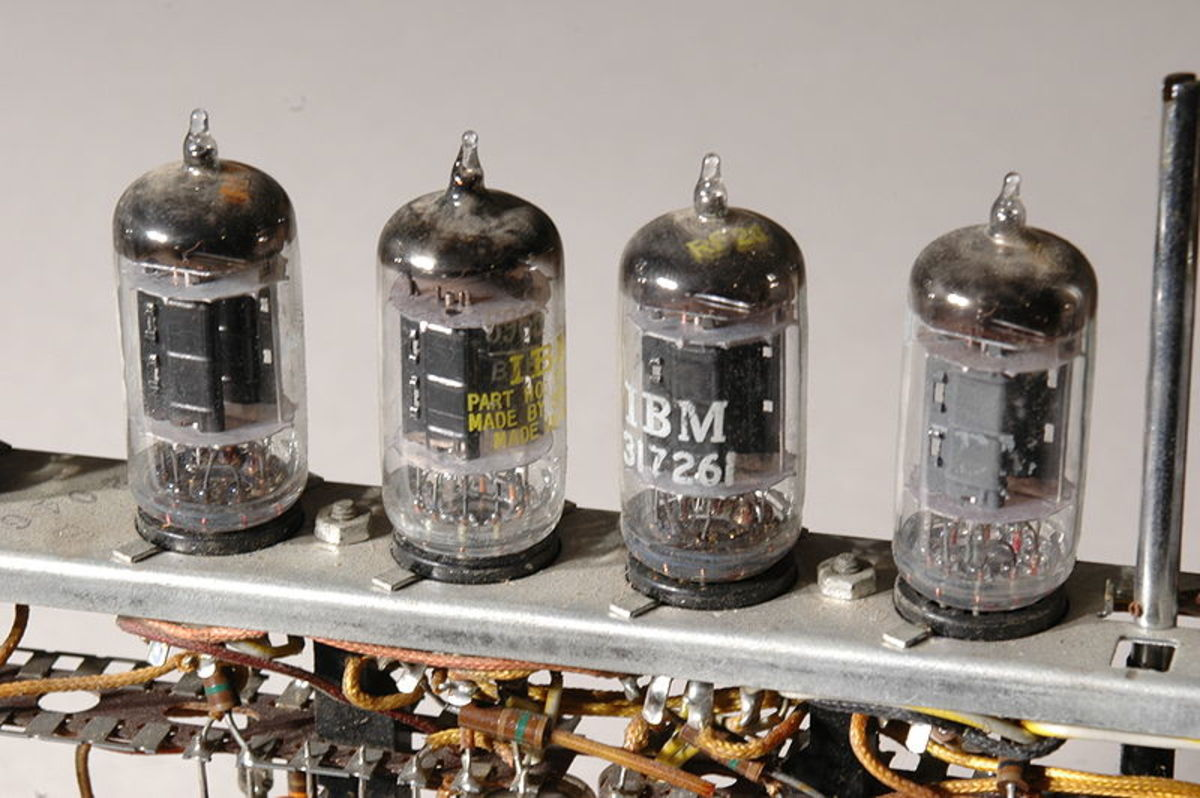 Vacuum Tubes in an Early Computer