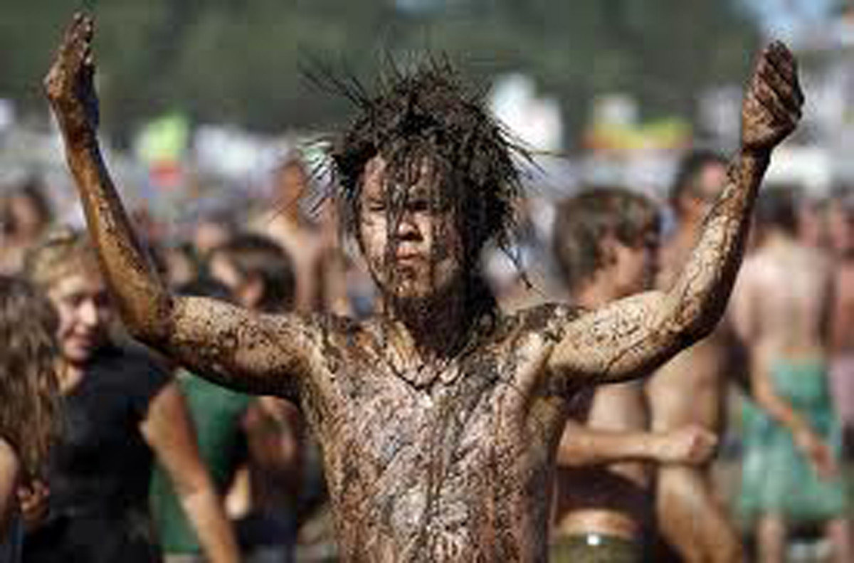Rain and fun in the mud during Woodstock