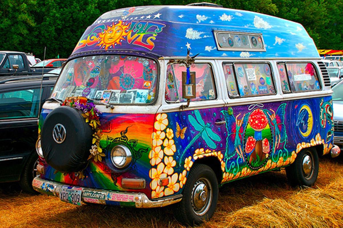 Woodstock Hippy Bus