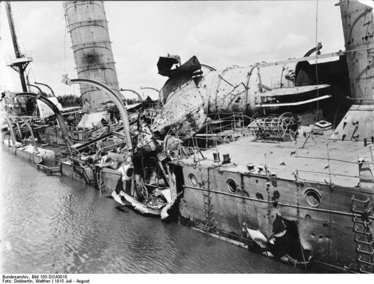 Battle damage to the SMS Knigsberg