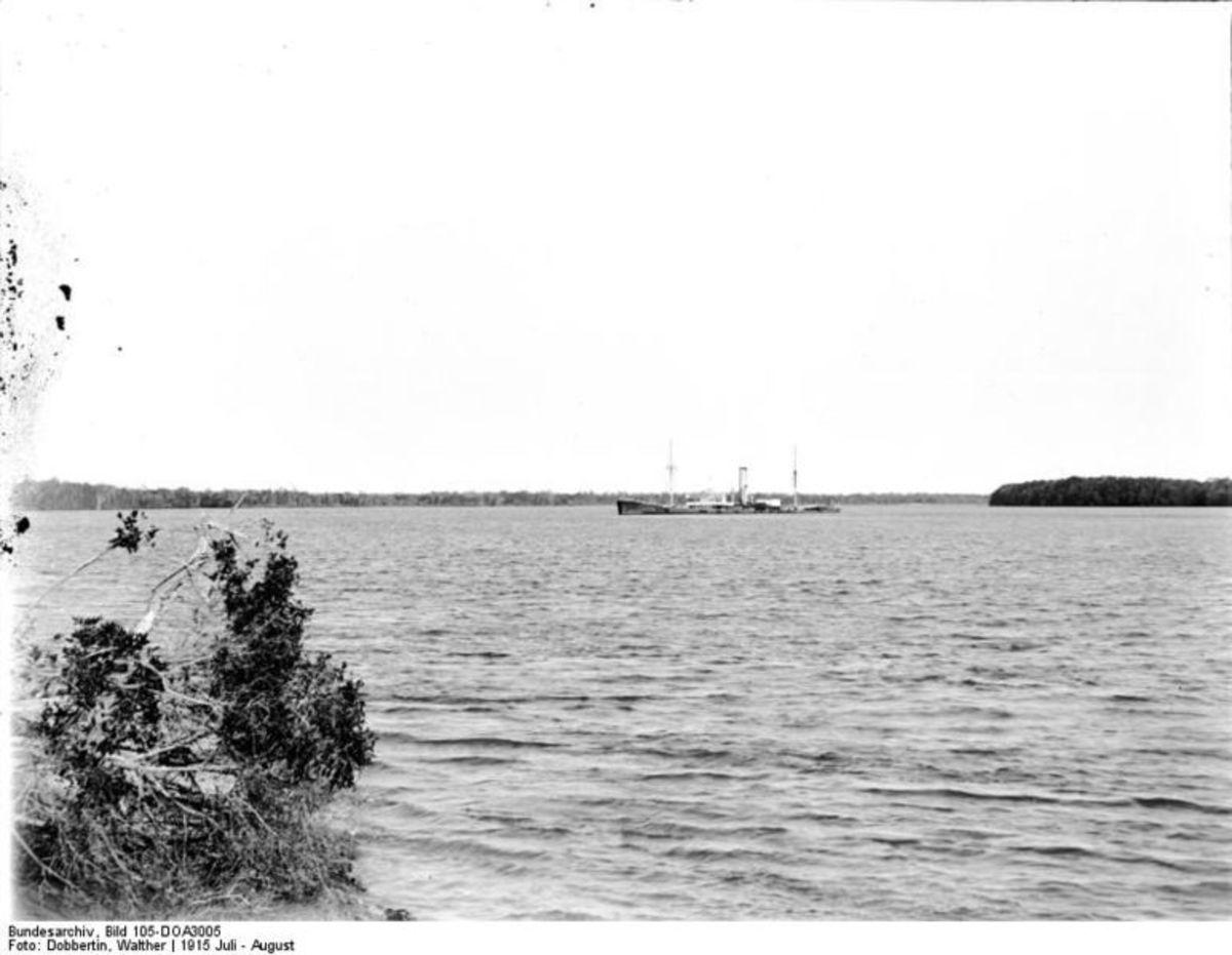 Blockship HMS Newbridge in1914