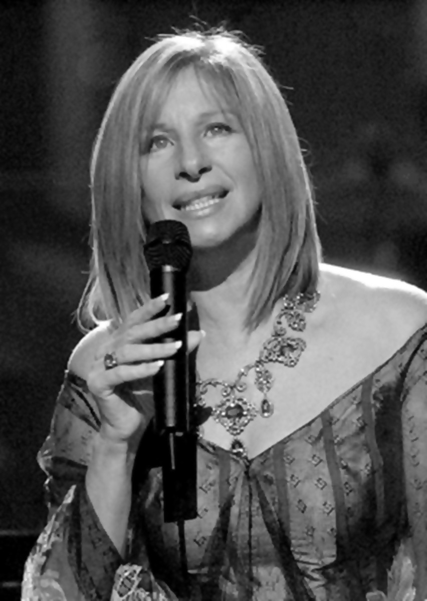 Barbra Streisand looks gorgeous in the medium length straight hair cut.