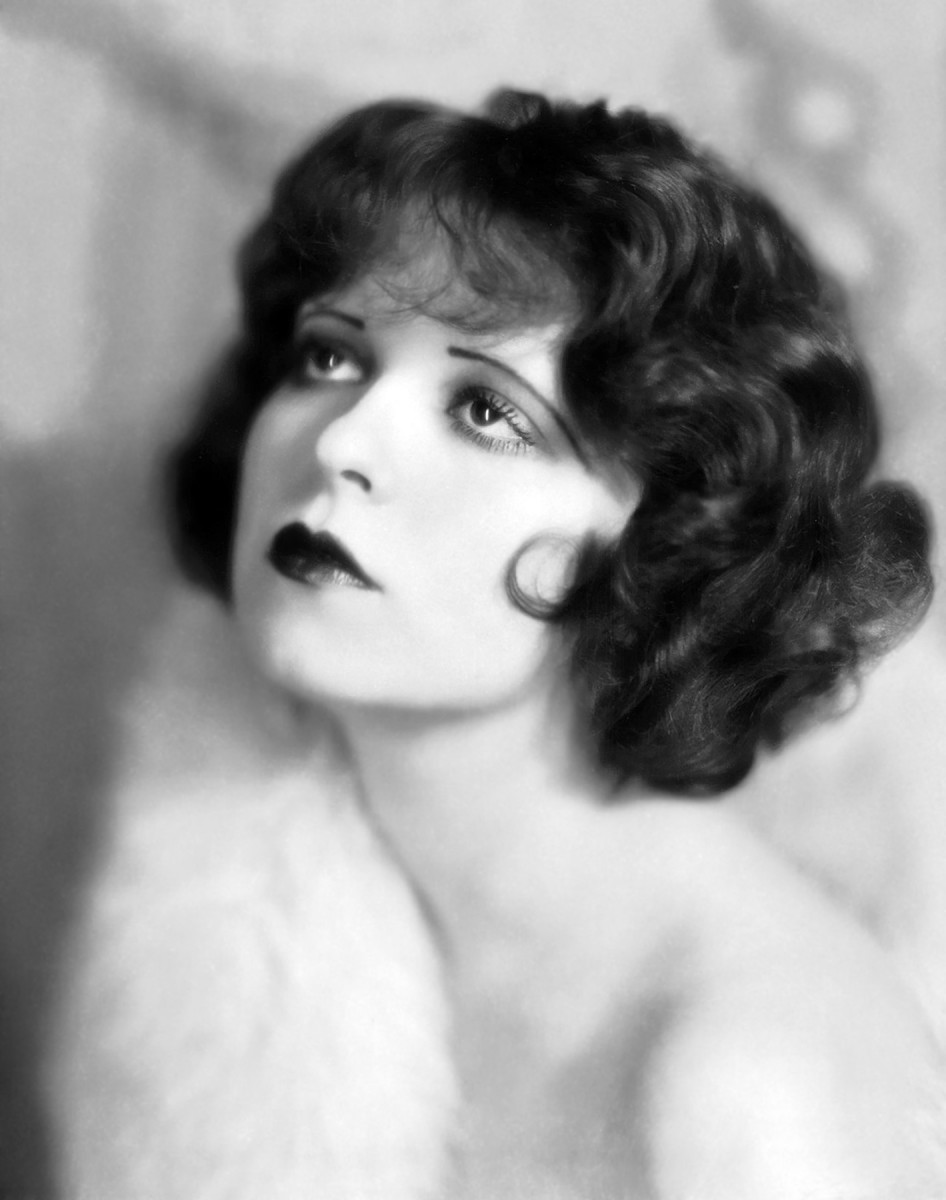 Clara Bow circa 1927, wearing curly medium length bob hair style
