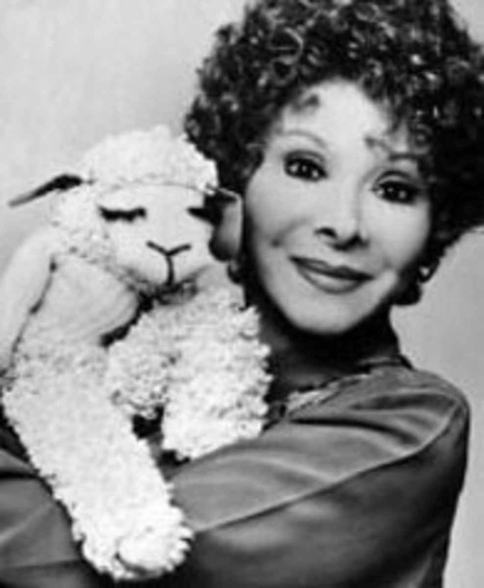 Shari and Lambchop. Not spooky.
