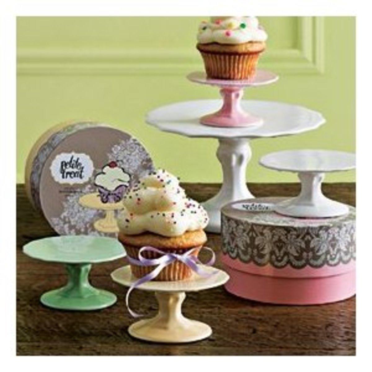petit-treat-cupcake-stand